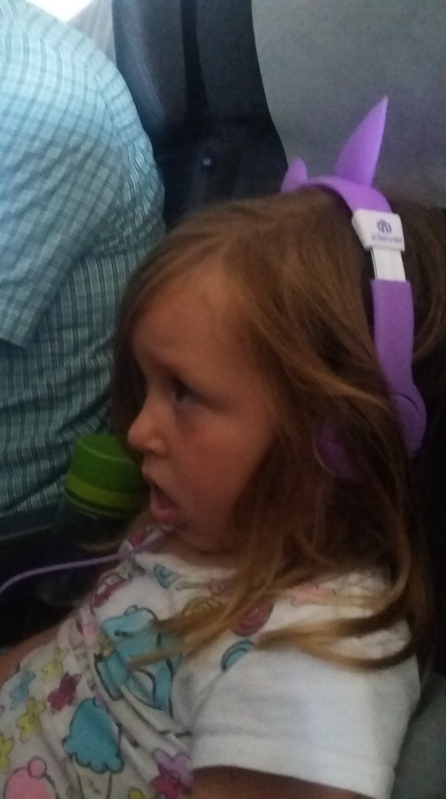 watching-trolls-with-new-headphones